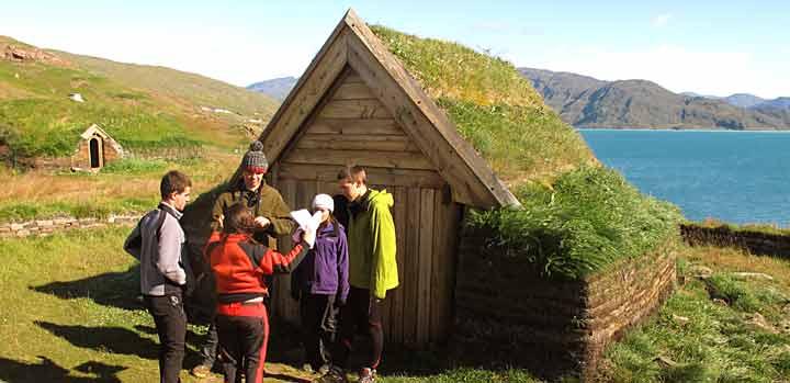 qassiarsuk-viking-reconstru